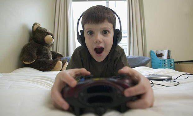 「子供にゲームは何歳から?」ママさん達の意見まとめ
